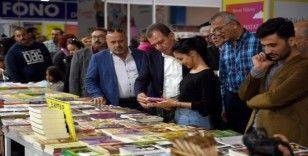 Belediye başkanları, Kitap Fuarında kitapseverlerle buluştu