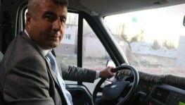 Belediye Başkanı öğrenci servisinde gönüllü şoförlük yapıyor