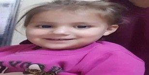 Otomobilin çarptığı bebek hayatını kaybetti