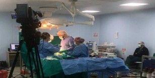 Iraklı beyin cerrahlarına canlı yayınla ameliyat eğitimi