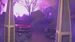 Petrokimya tesisindeki patlama anı böyle görüntülendi