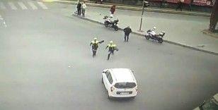 Dili boğazına kaçan sürücünün hayatını polis kurtardı