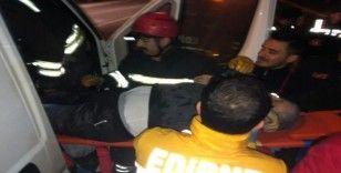 Edirne'de kamyonet ile yanıcı madde yüklü tanker çarpıştı:1 ölü