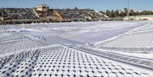 Dünyanın en büyük Filistin keffiyehı