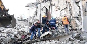 Arnavutluk'ta deprem bilançosu: ölü sayısı 49'a yükseldi