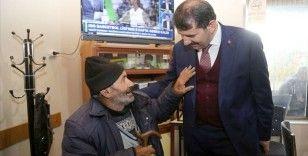 Süleyman Şah Türbesi'ni bekleyen Mehmet dedenin anıları gururlandırdı