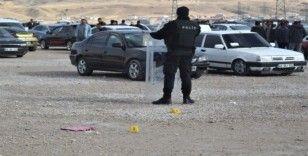 Van'da silahlı ve bıçaklı kavga: 7 yaralı