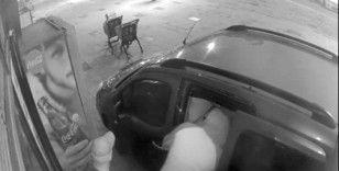 (Özel) Başakşehir'de iki dakikada bir marketi talan eden hırsızlar kamerada
