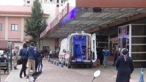 Çobanbey'de zırhlı araç devrildi, 3 asker yaralandı
