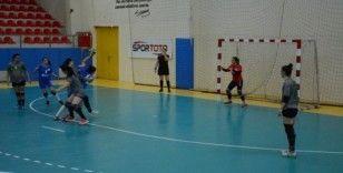 Anadolu Üniversitesi Kadın Hentbol takımının galibiyet serisi devam ediyor