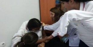 Öğrenciler aşı oldu