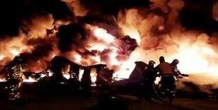 Rusya'da 12 bin metrekarelik depoda yangın