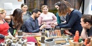 Brezilya'da Türk takı tasarımı ve ebru sanatını tanıttı