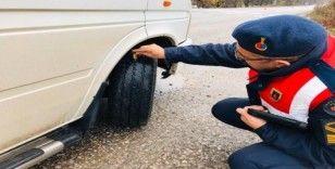 Tokat'ta 21 araca kış lastiği cezası