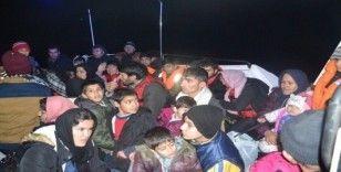 İzmir'de 47 düzensiz göçmen yakalandı