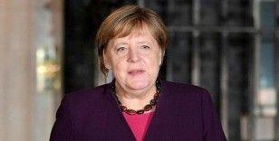 Merkel'den zirve yorumu, 'Uzun bir tartışma sürecinin başlangıcı'