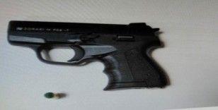 Balıkesir'de polis 4 silah ele geçirdi