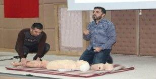 Elazığ'da muhtar ve öğretmenlere ilk yardım eğitimi