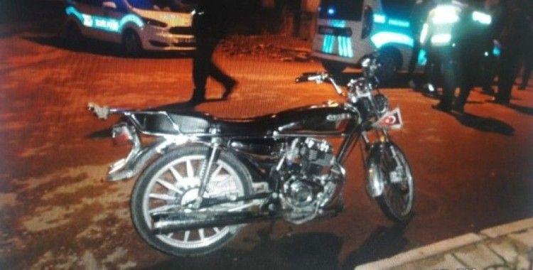 İslahiye'de motosiklet kaldırıma çarptı: 1 yaralı