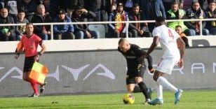 Süper Lig: Yeni Malatyaspor: 1 - DG Sivasspor: 2 (ilk yarı)