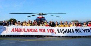 İzmir'de 112'nin 25. yılı kutlandı