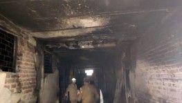 Hindistan'da fabrikada yangın