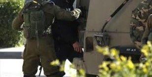 İsrail Filistinli üniversite öğrencilerini gözaltına aldı