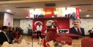 Kuşadası Belediye Başkanı Ömer Günel, KKTC'de gençlerle buluştu