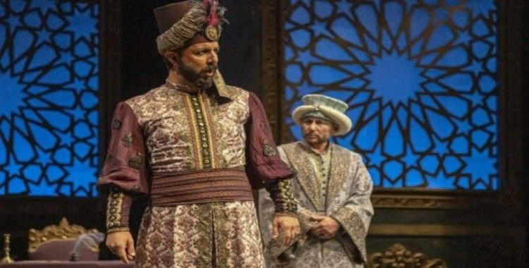 IV. Murat tekrar sahnede