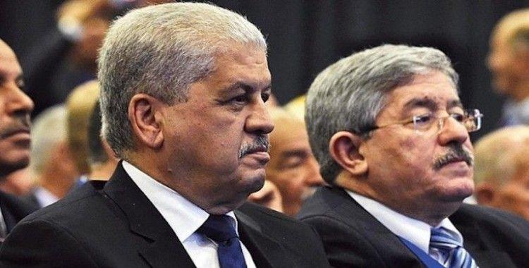 Cezayir'de eski başbakanlara hapis cezası