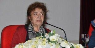 Mersin Kenti Edebiyat Ödülüne layık görülen Duruel, MEÜ'de öğrencilerle buluştu