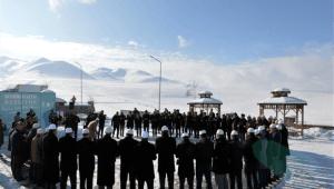 Vali Deniz organ bağışı için broşür dağıttı