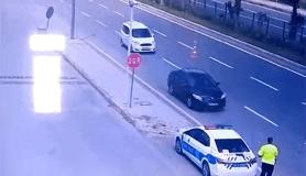 Kalp krizi geçiren sürücüyü trafik uygulamasındaki polis hayata bağladı