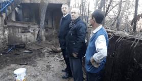 Bir haftada eşini kanserden kaybetti, evi yandı, 78 yaşında yarı felç sokakta kaldı