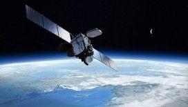 Rusya: 'Uydumuza gök taşı çarptı'