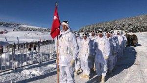 Türkiye Sarıkamış şehitlerini anıyor