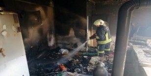 Seydikemer'de ev yangını