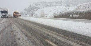 Sürücüler Ankara yolunda kara hazırlıksız yakalandı