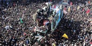 İran'da General Süleymani'nin cenaze töreni ertelendi