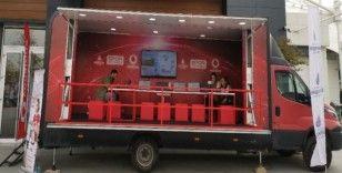 Vodafone Kodlama Minibüsü, 11 Ocak'ta İstanbul turuna çıkıyor