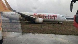 Pistten çıkan uçağın yolcuları böyle tahliye edildi