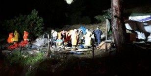 Mersin'de heyelan, 1 kişi toprak altında kaldı