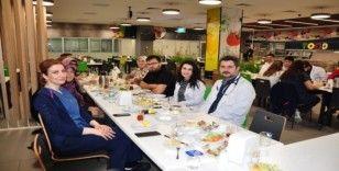 Manisa Şehir Hastanesi Obezite Merkezi danışanları kahvaltıda buluştu