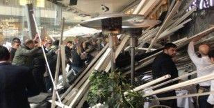 Zincirlikuyu'da AVM'nin asma tavanı çöktü: 6 yaralı