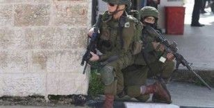 İsrail güçleri Filistinli gazetecilere karşı 1 yılda 760 suç işledi