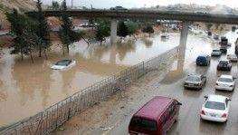 Ürdün'de sel, 1 kişi kayboldu