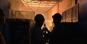 Yeni Delhi'de kağıt fabrikasında yangın: 1 ölü