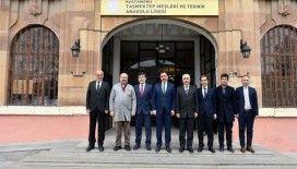 Belediye Başkanı Opr. Dr. Rahmi Galip Vidinlioğlu okul ziyaretlerini gazipaşa ve taşmektep ile sürdürdü
