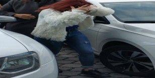 Babasını bıçaklayan 15 yaşındaki kıza adli kontrol