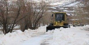 Sivas'ta 27 köy yolu kapalı